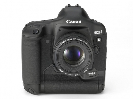 Canon EOS-1D Mark II 1
