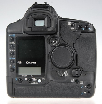 Canon EOS-1D Mark II 2