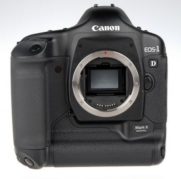 Canon EOS-1D Mark II 4