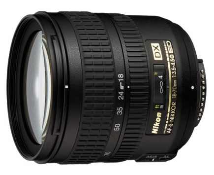 Nikon AF-S  18-70mm f/3.5-4.5G ED-IF DX 1