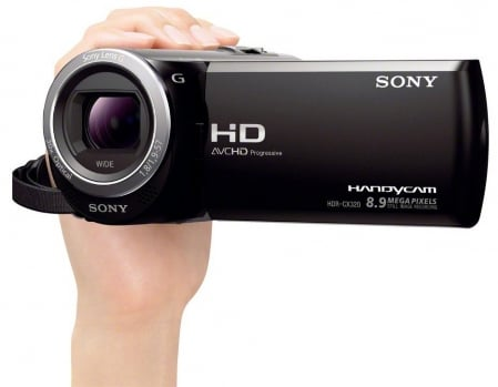Sony HDR-CX320 2