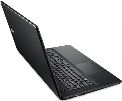 Acer TravelMate P276-MG 4