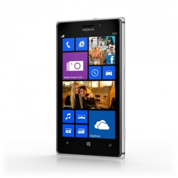 Nokia Lumia PureView 925 1
