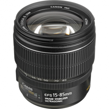 Canon EF-S 15-85 mm f/3.5-5.6 USM IS 1