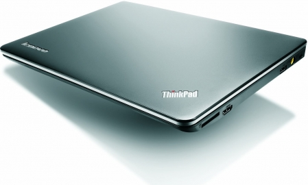 Lenovo ThinkPad Edge E135 3