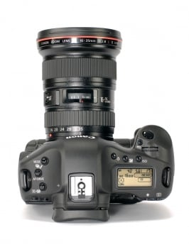 Canon EOS-1Ds Mark III 3