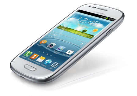 Samsung Galaxy S III mini 3