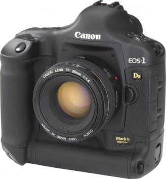Canon EOS-1Ds Mark II 1