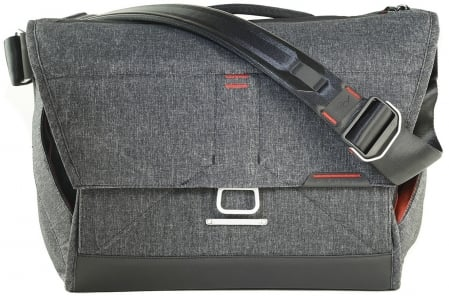 Peak Design Everyday Messenger 1