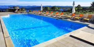 Blue Waves Resort ****, Malinska, ostrov Krk,