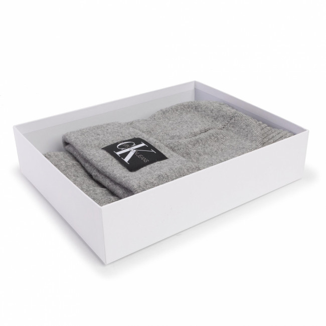 Set čiapka a šál CALVIN KLEIN JEANS - J Basic Men Knitted Scarf+Beanie K50K505104 Mid Grey Heather P01