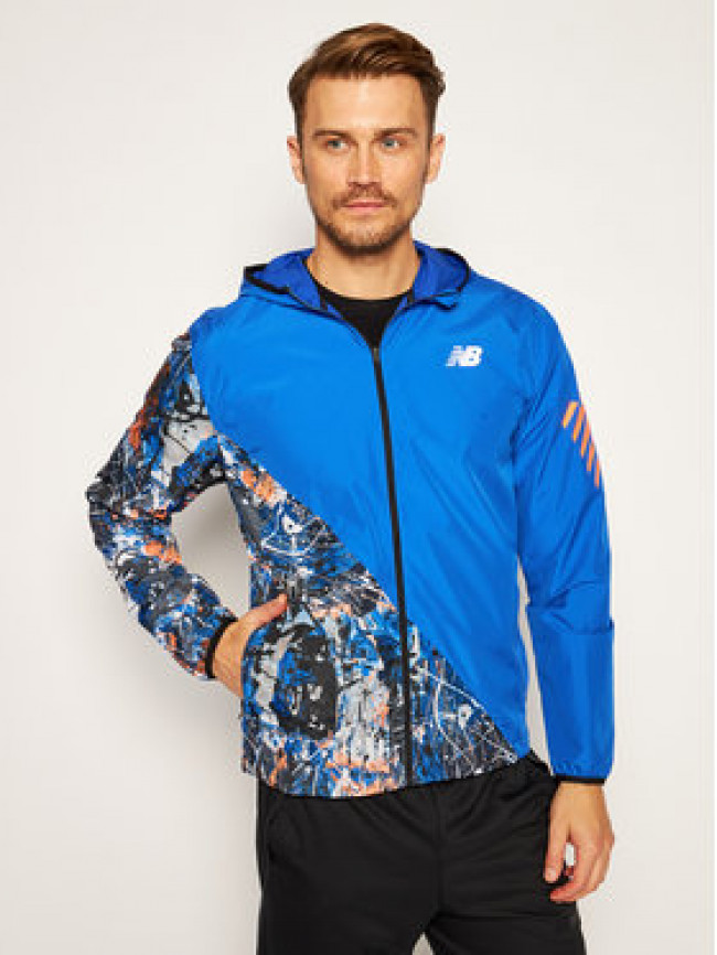 New Balance Vetrovka Printed Fast Flight Jacket MJ03216 Tmavomodrá Regular Fit