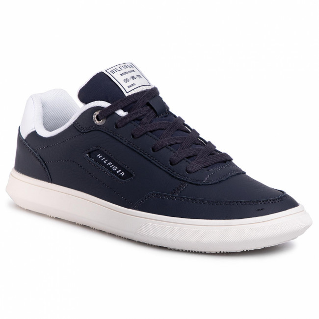 Sneakersy TOMMY HILFIGER - Essential Court Leather Sneaker FM0FM02669 Desert Sky DW5