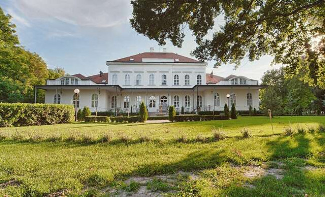Romantika so vstupom do wellness a polpenziou v Chateau Földváry**** s platnosťou až do decembra 2021