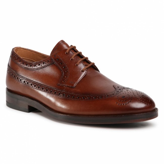 Poltopánky CLARKS - Oliver Wing 261524347 Dark Tan Leather