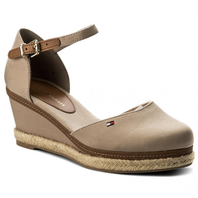 Espadrilky TOMMY HILFIGER - Iconic Elba Basic Closed Toe FW0FW02838 Cobblestone 068