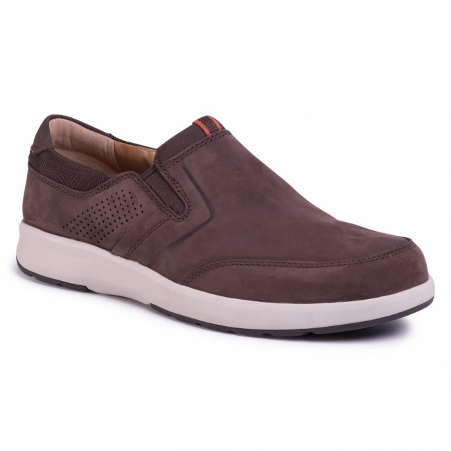 Poltopánky CLARKS - Un Trail Step 261403837 Brown Nubuck