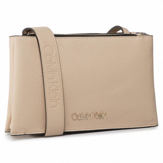 Kabelka CALVIN KLEIN - Sided Trio Crossbody K60K606266 Light Sand TDI