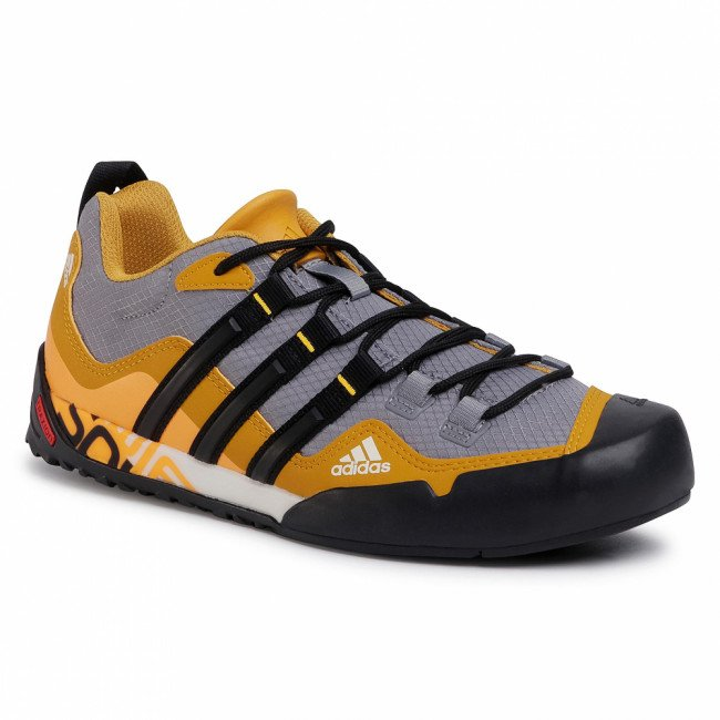 Topánky adidas - Terrex Swift Solo FX9325 Grey Three/Core Black/Legacy Gold