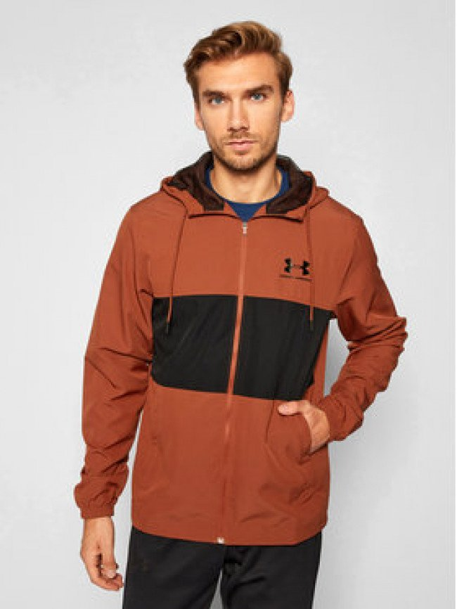 Under Armour Vetrovka Ua Sportstyle Wind 1329297 Bordová Loose Fit