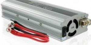 Whitenergy 12V/230V 800 W, USB