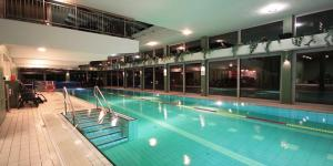 Hotel Yacht Wellness & Business ****, Siófok,