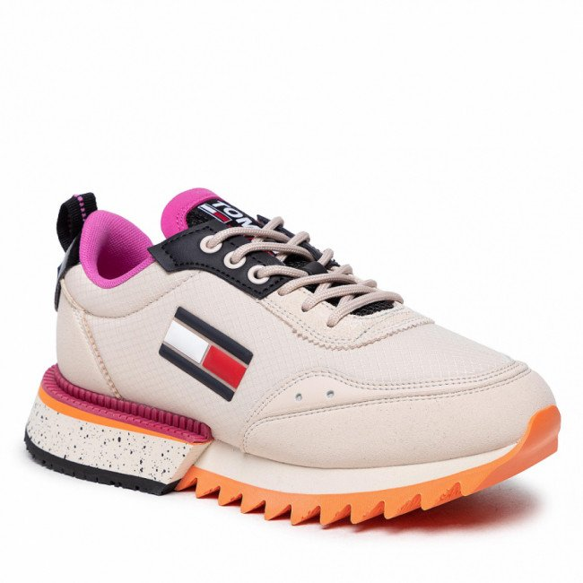 Sneakersy TOMMY JEANS - Wmns The Cleat EN0EN01507 Smooth Stone ABI