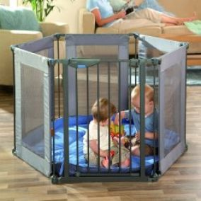 Lindam - Safe & Secure Fabric Playpen
