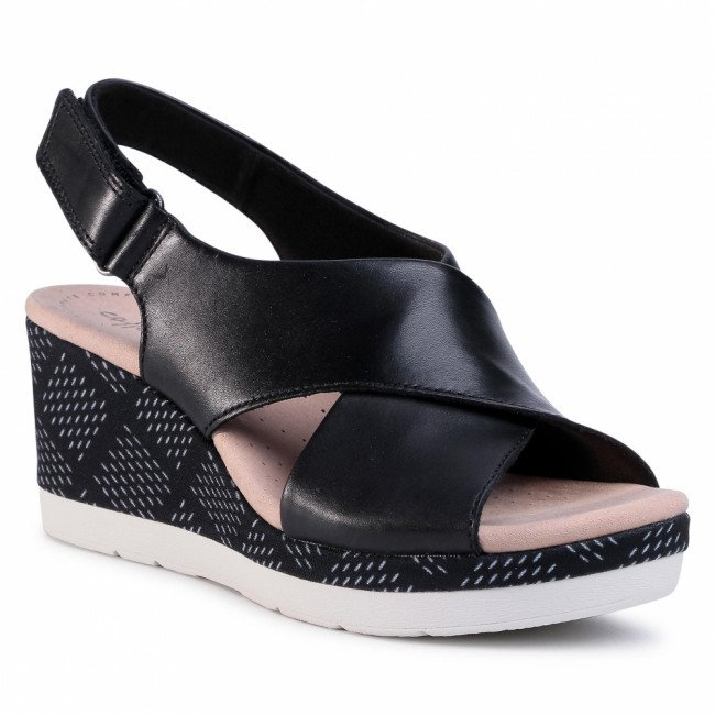 Sandále CLARKS - Cammy Pearl 261399304  Black Leather