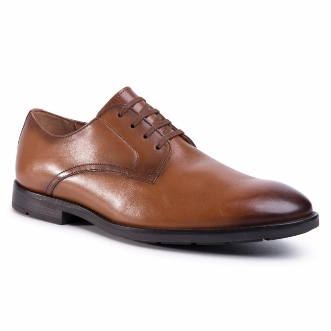 Poltopánky CLARKS - Ronnie Walk 261480277 Tan Leather