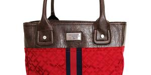 Tommy Hilfiger Elegantná kabelka Small Tommy TH72