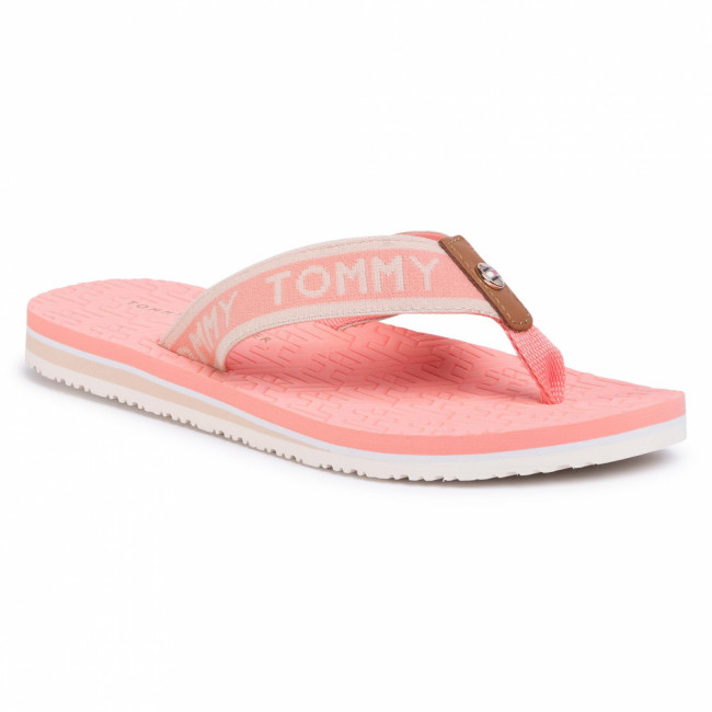 Žabky TOMMY HILFIGER - Th Embossed Flat Beach Sandal FW0FW04805 Island Coral SN7