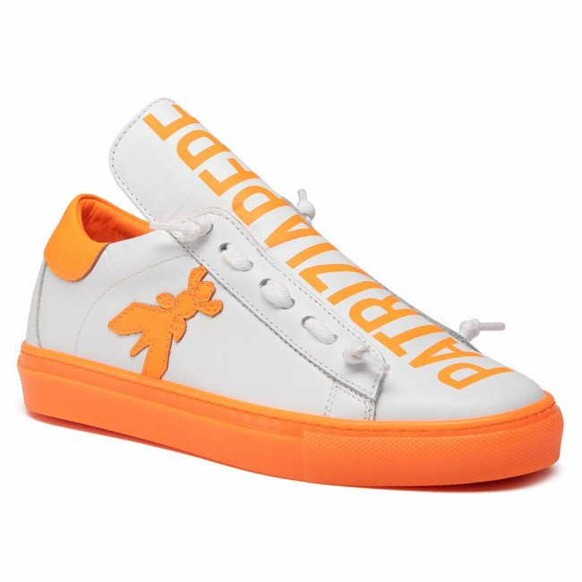 Sneakersy PATRIZIA PEPE - 2V8869/A3KW-J3G7  White/Orange Alert