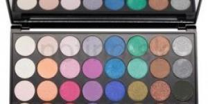 Makeup Revolution Mermaids Forever paleta 32