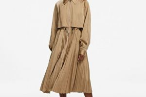 Kabát Karl Lagerfeld Technical Pleated Trench