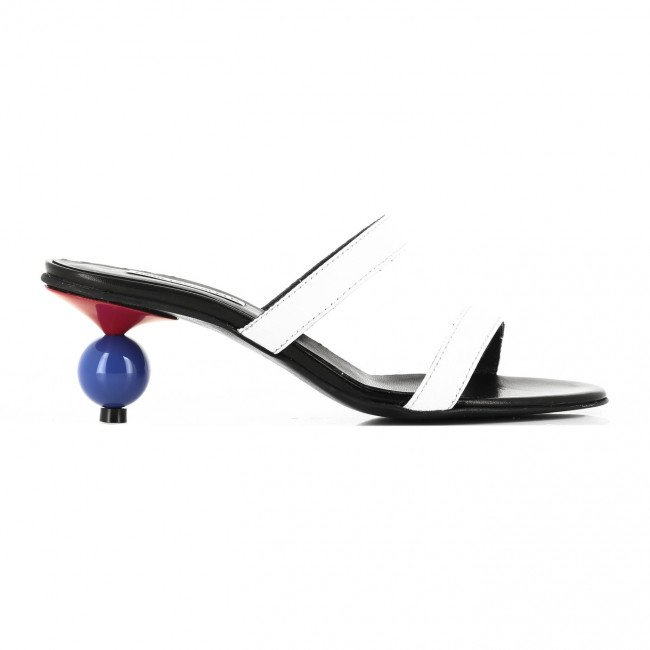 Lodičky Karl Lagerfeld Verona Two-Strap Slip On