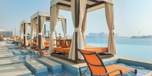 Letecky Dubaj: Royal Central The Palm 5* z Viedne