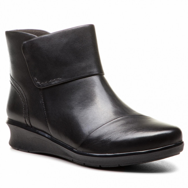 Členková obuv CLARKS - Hope Track 261378754 Black Leather