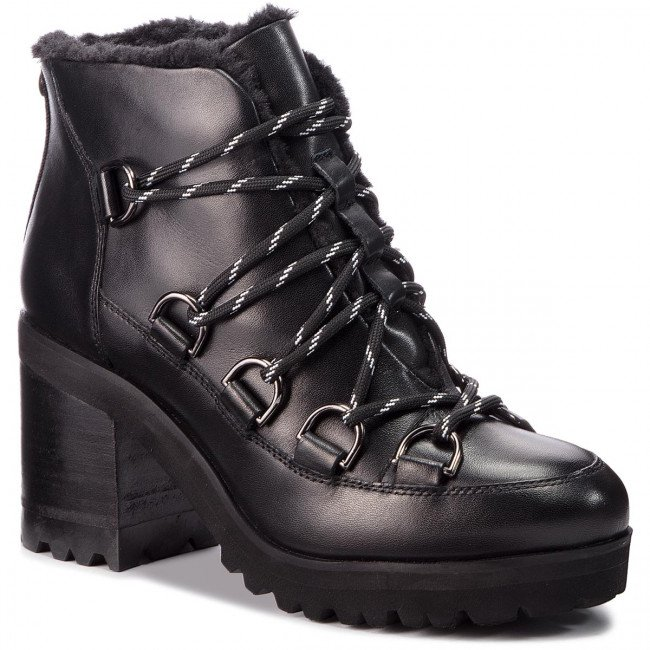 Členková obuv STEVE MADDEN - Zana Biker Boot SM11000236-03001-017 Black Leather